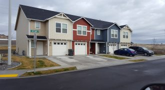 24 new leased townhomes (fee simple) | Hermiston Oregon 97838