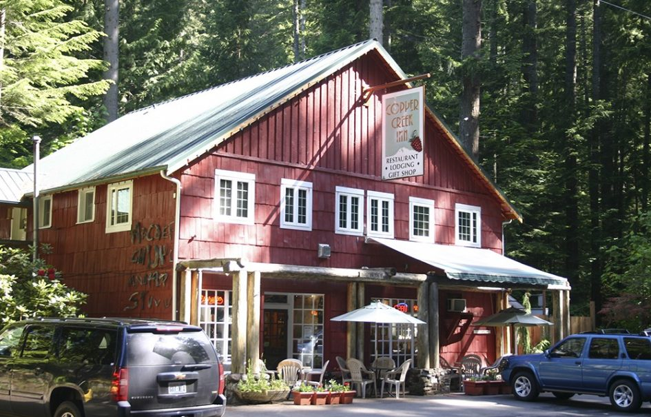 Copper Creek Inn – PRICE REDUCED! | 10.87% Cap Rate, 27.67% ROI & 2.27 GRM