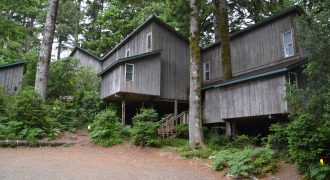 10 Units on Oregon Coast Golf Course | Gleneden Beach Oregon 97391