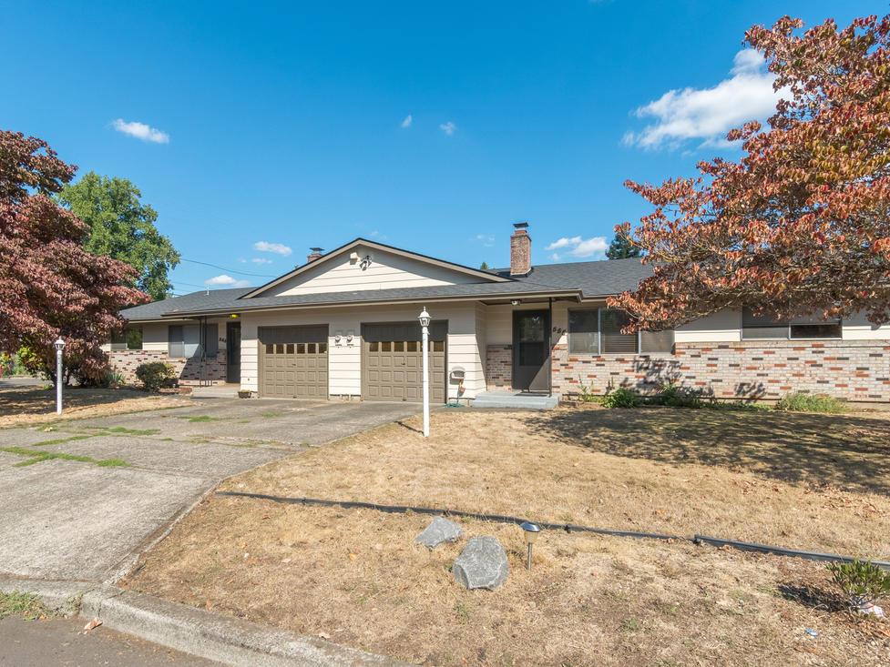 Duplex, 2bd 1 bath each side   Gladstone Oregon 97027