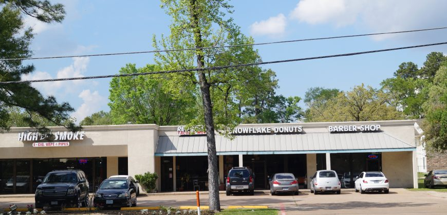 The Shops at Sawdust & Sawmill – 1440 Sawdust Rd., The Woodlands, TX