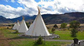 Dreamcatcher Tipi Hotel – JUST LISTED!