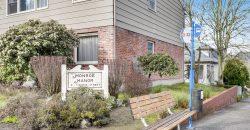 9 Units in Oregon City | $1.6 Million } Monroe Manor