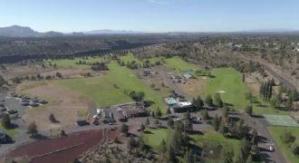 Stunning Central Oregon Golf Course Restaurant & Bar