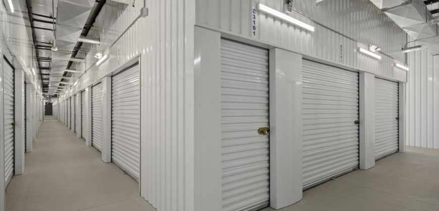 622 Unit Self Storage Facility in Houston, TX ~5% Monthly Growth and a PRIME Location & Intersection